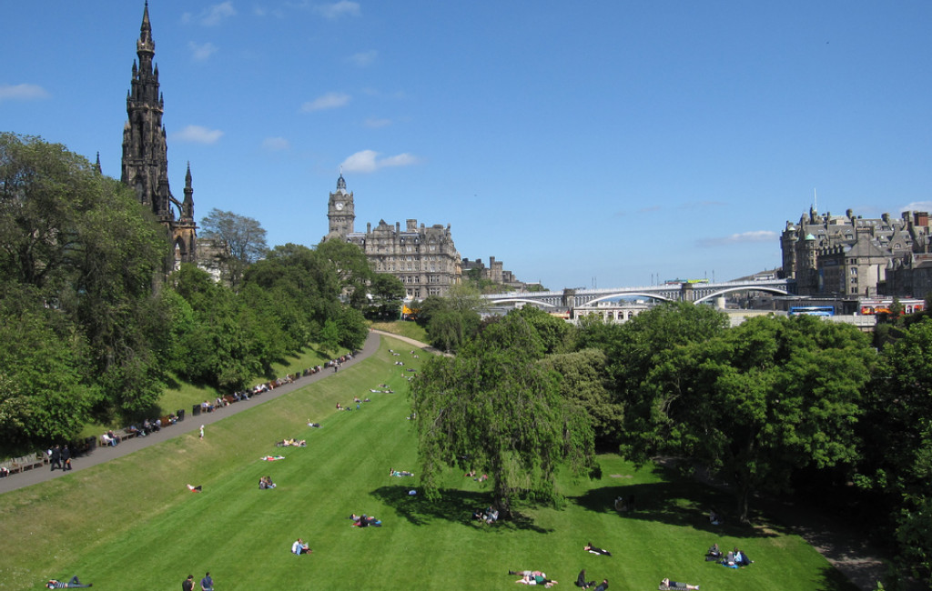 Princes Street Gardens. Image by Bernt Rostad (http://bit.ly/princesstreetgardens), used under a Creative Commons license.