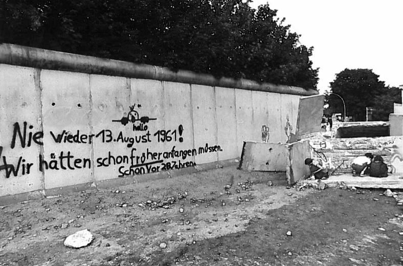 Berlin Wall grafitti